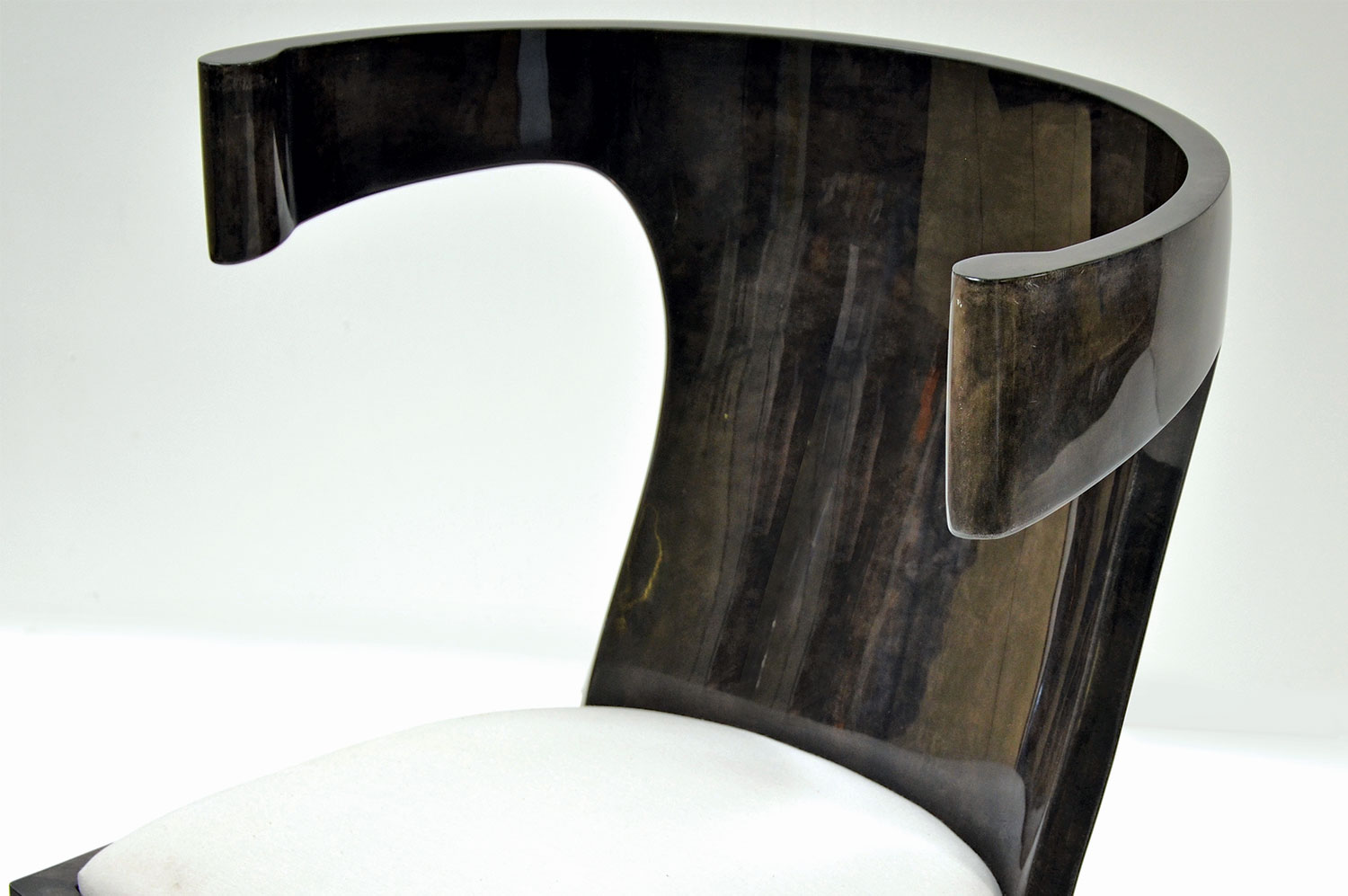 Bullhorn Chair- Goatskin 3