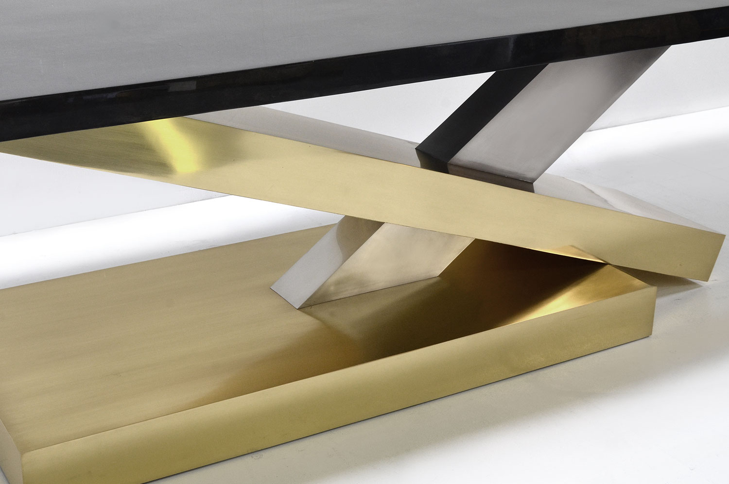 Countervail Table - Goatskin / Brass 4