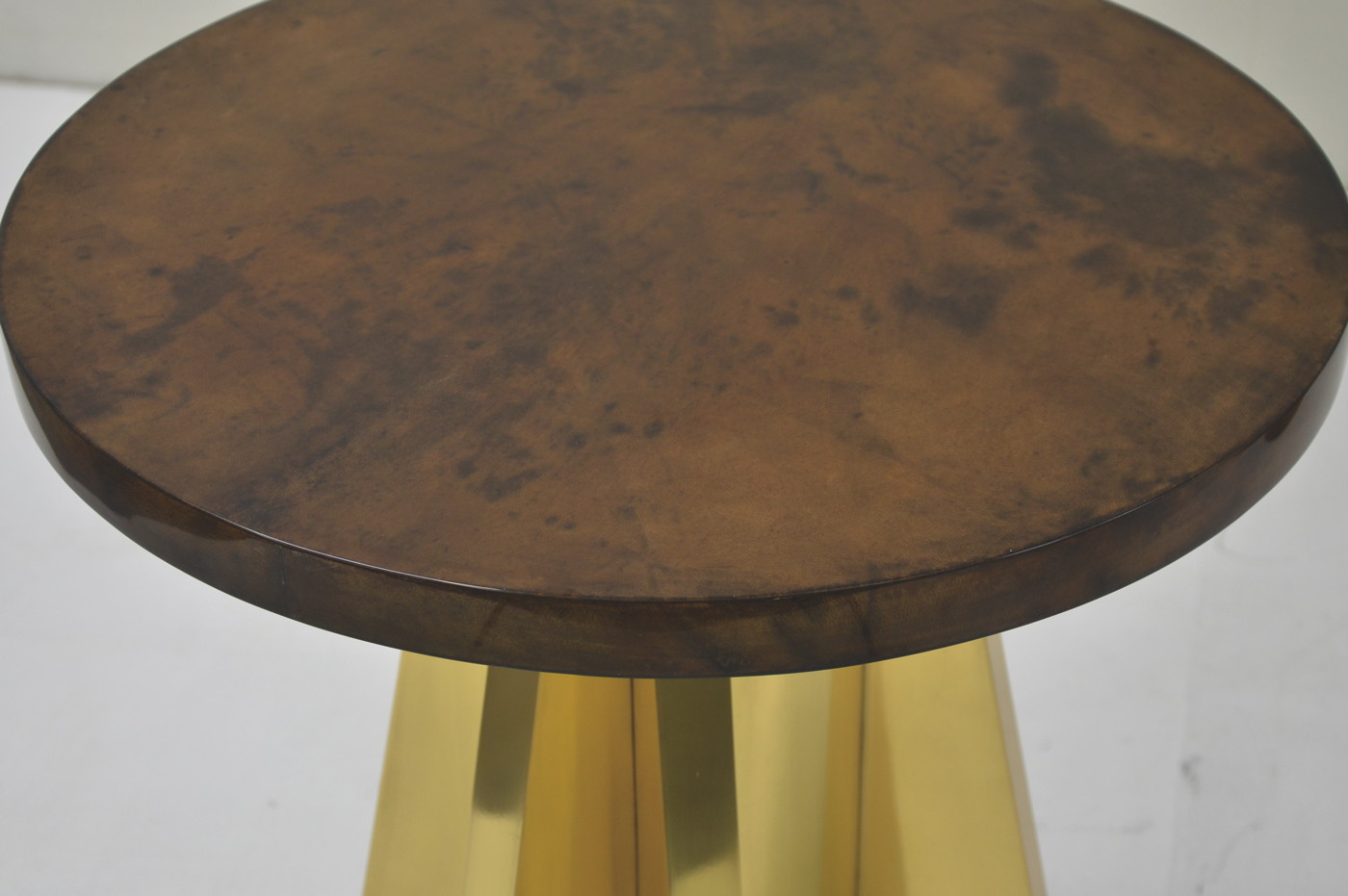 Rocket Side table - Goatskin/Brass 3